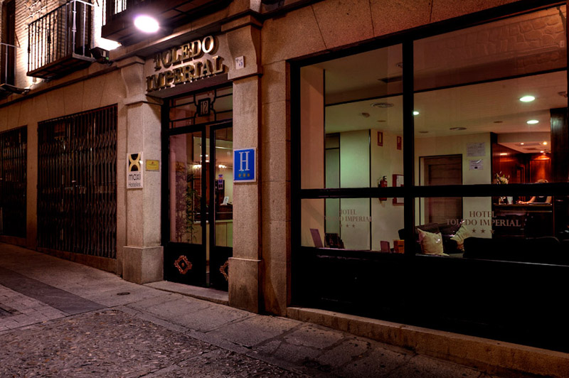 Hotel Toledo Imperial - Entrance